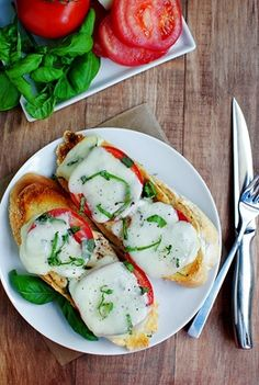 open faced caprese sandwich.. and now i want this for dinner