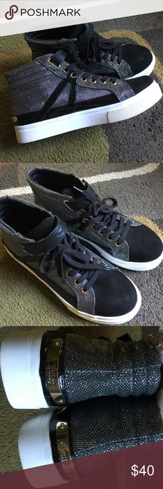 Juicy Couture sneakers Style is Chester black/silver excellent condition Juicy Couture Shoes Sneakers