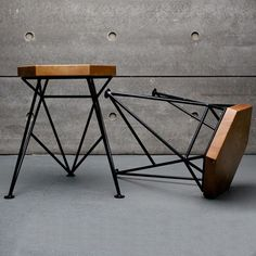 Give Your Rooms Some Spark With These Easy Vintage Industrial Furniture and Design Tips Do you love vintage industrial design and wish that you could turn your home-decorating visions into gorgeous reality? Art Furniture, Welded Furniture, Small Bedroom Furniture, Industrial Design Furniture, Recycled Furniture, Furniture Projects, Vintage Furniture, Furniture Design, Furniture Stores