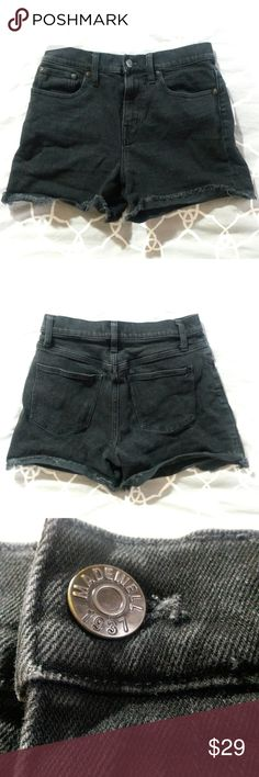 "Madewell black denim jean shorts 10"" rise size 26 This is a pair of black denim shorts made by Madewell. They are size 26, but, typical Madewell, they run a little big. See measurements. The color is dark black. I have only ever washed these in cold water; if you wash them in hot water, they may fade a little, if you like your jeans to fade. Up to you!  Waist 14.5"" across Hip 17"" across Inseam 4"" (unrolled) Rise 10"" Madewell Shorts Jean Shorts"