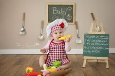 Acompanhamento de bebês - Chef Catarina - Jaú/SP Newborn Family Pictures, Baby Boy Pictures, Baby Photos, Baby Boy Photography, Children Photography, Chef Pictures, Photography Studio Background, Kids Apron, Baby Play