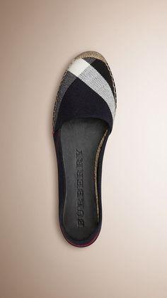 Shoes for Women Überprüfen Sie Jute Cotton Espadrilles Studded Heels, Pumps, Pretty Shoes, Ballerinas, Jute, Wedding Shoes, Wedge Shoes, Me Too Shoes, Woman Shoes