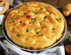 Ταξιδεύουμε Ιταλία και φτιάχνουμε φοκάτσια πατάτας με ελιές Bread Cake, Food Styling, Great Recipes, Italian Recipes, Bakery, Food Processor Recipes, Peter Rabbit, Appetizers, Pie