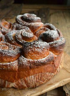 A Kingdom for a cake: Torta delle Rose del Garda