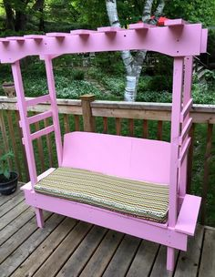 Wooden pallet bench with pergola