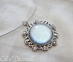 Ice queen round silver pendant