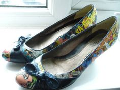 Upcycling Old Shoes | ... comic books! I'm in the process of creating some Aquaman shoes myself
