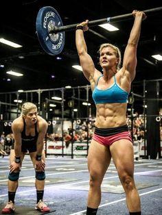Brooke Ence and Lindsey Valenzuela (back) Crossfit Women Crossfit Women, Crossfit Athletes, Crossfit Chicks, Crossfit Inspiration, Fitness Inspiration, Motivation Inspiration, Bmx, Motivation Crossfit, Diet Motivation