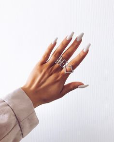 All white. I think I might try it when summer comes, maybe with hooks