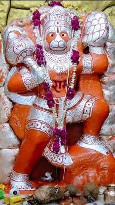 Photo Hanuman Murti, Shri Hanuman, Krishna, Hanuman Images, Ganesha Pictures, Vintage India, God Pictures, Indian Gods, Gods And Goddesses