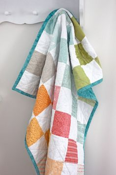 Noteworthy Rainbow Baby Quilt