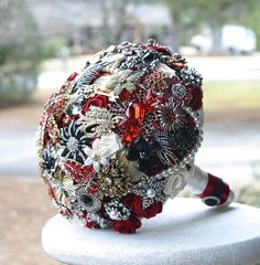 Wedding+Brooch+Bouquet.+Deposit+on+made+to+order+by+annasinclair,+$75.00