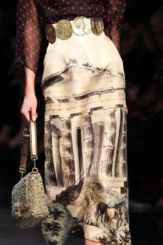 sofiazchoice: Sofiaz Choice (via Dolce and Gabbana) Dolce & Gabbana Spring 2014 Ready-to-Wear Fashion Details, Love Fashion, Runway Fashion, High Fashion, Fashion Show, Womens Fashion, Fashion Design, Fashion Trends, Christian Dior