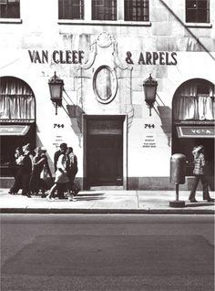 744 Fifth Avenue Boutique, circa 1945.