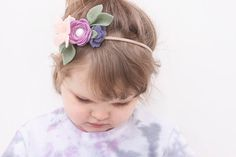 This listing is for one Felt Flower Headband in Lavender with dark purple side bud flower. Topped with a Nectarine Felt Butterfly. Made with wool blend felt. Please note, I try my best to have photos which best display colours of products, however, there may be some variance in
