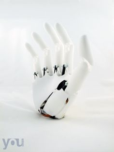 3ders.org - Italian start-up Youbionic has prototyped a promising 3D printed bionic hand | 3D Printer News & 3D Printing News