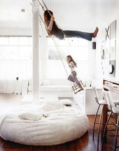 Columpios. | 32 Cosas que hay en la habitación de los sueños de tus hijos