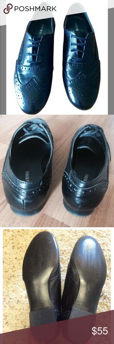 Punto Roma leather Oxfords Black leather oxfords. Brand: Punto Roma. Made of real leather so they are super soft & comfy! Lace up, Brogue and wingtip styling Made in Spain. Pamper you feet! :) Punto Roma Shoes Moccasins
