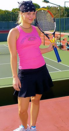Kaley Cuoco - The Cystic Fibrosis 19th Annual Celebrity Tennis Tournament - October 24th - 2004