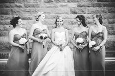 Fille d'honneur et la mariée - Bridal party - Mariage Haute de gamme à l'Estérel - Photographe de mariage / Fine Art Wedding photographer à  Montréal et International - Bonnallie Brodeur Photography Styles, Fashion Photography, Wedding Photography, Isabelle, One Shoulder Wedding Dress, Strapless Dress, Photos, Wedding Dresses, Art