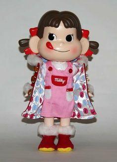 不二家 セブンイレブン ペコちゃん人形2004初代 不二家, http://www.amazon.co.jp/dp/B00GASBIY8/ref=cm_sw_r_pi_dp_tyWgtb11TJZTA