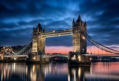 Tower Bridge Londres Angleterre - Buy this stock photo and explore similar images at Adobe Stock Places Around The World, The Places Youll Go, Great Places, Places To See, Around The Worlds, London City, London Night, London Wall, Beautiful London