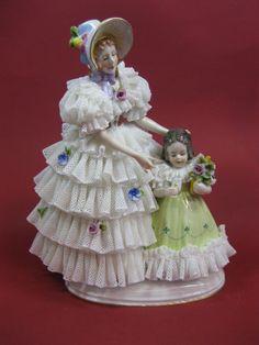 Porzellan oder Keramik 2 ältere Puppen Steiff