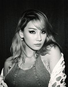 Image about kpop in ✧ ʟᴇᴇ ᴄʜᴀᴇʀɪɴ ✧ by 맨디 on We Heart It Korean Girl Groups, South Korean Girls, Cl Rapper, Cl Instagram, Chaelin Lee, Lee Chaerin, Cl Fashion, Cl 2ne1, Korean Beauty