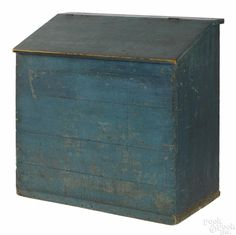 Painted pine grain bin, 19th c., retaining an old blue surface, 39'' h., 39 3/4'' w. - Price Estimate: $1000 - $2000