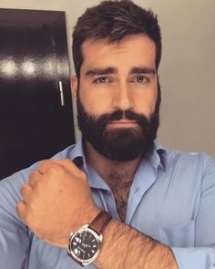 Ungroomed locks can make you really feel grubby and look older. Shaving your cream as Scruffy Men, Hairy Men, Bearded Men, Great Beards, Awesome Beards, Beard Styles For Men, Hair And Beard Styles, Beard Conditioner, Costume Noir