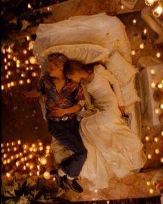 'Romeo + Juliet' (1996) Director Baz Luhrmann, Romeo (Leonardo Di Caprio) Juliet (Claire Danes)
