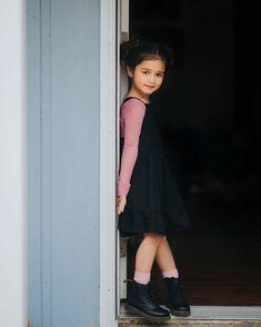 Pretty Kids, Beautiful Little Girls, Cute Little Girls, Little Girl Photography, Cute Babies Photography, Little Kid Fashion, Baby Girl Fashion, Cute Baby Girl Pictures, Cute Baby Wallpaper