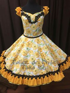Dance Outfits, Girl Outfits, Fashion Outfits, Fall Dresses, Girls Dresses, Girls Frock Design, Fancy Dress For Kids, Frocks For Girls, Mexican Dresses