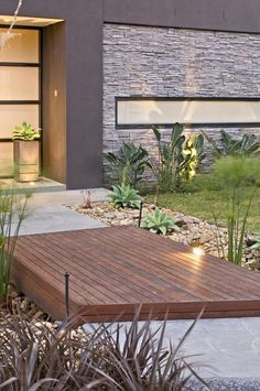 Contemporary-Backyard-with-Asian-Themes-on-Drake-Street-Melbourne-by-COS-Design_09