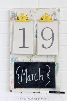 DIY: colorful chalkboard calendar / Faça você mesmo: calendário colorido com quadro-negro