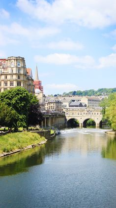 A BEAUTIFUL ELSEWHERE: Bath, England