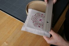 Tutorial for making a cross stitch box REALLY GREAT PLACE TO CHECK OUT SOME GREAT FINISHES