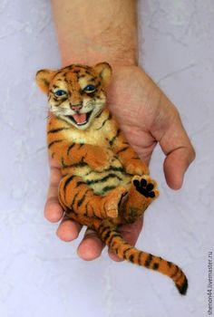 Купить Тигренок - оранжевый, тигр, тигренок, валяная игрушка, Сухое валяние, звериная расцветка, зверята