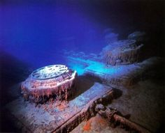 Facts and information about the wreckage of Titanic. Robert Ballard, Relics, artefacts and Titanic Tours. Rms Titanic, Titanic Wreck, Titanic Sinking, Titanic History, Belfast, Titanic Underwater, Underwater Pictures, Southampton, Liverpool