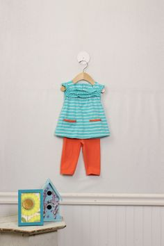 Cute girls clothes for spring - complete outfits starting at $4.99. Moxie Jean is the site voted #1 for baby and kid's resale by moms all over the country. I'm a fan!