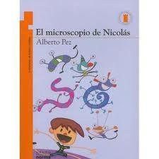 El microscopio de Nicolás de Alberto Pez