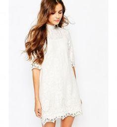 Robe pour petite poitrine : une robe trapèze en dentelle, River Island, 59,99€