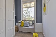 Playing room | speelkamer | klepbank | Yellow  Grey | By Studio Stijl