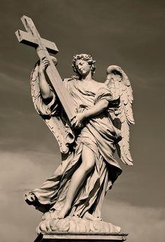 Angel Statue Photograph - Angel Statue Fine Art Print