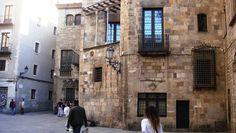 Plaça de Sant Jaume, Barcelona Barcelona Spain, The Neighborhood, Walks, Monuments, Cities