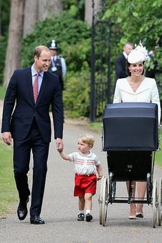 July 2015 - Britain's Prince William, Kate the Duchess of Cambridge, their son Prince George and daughter Princess Charlotte in a pram arrive for Charlotte's Christening at St. Mary Magdalene Church in Sandringham, England, Sunday. Princesa Charlotte, Princesa Kate, William Kate, Prince William Et Kate, Prince George Alexander Louis, Prince Andrew, Prince Edward, Prince Philip, King William