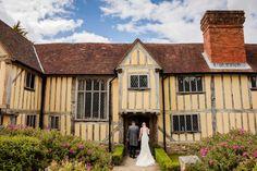 Cain Manor Wedding Photographer | Tansley Photography Cain Manor, Wedding Venues, Wedding Photos, Rustic Wedding Inspiration, Surrey, House Styles, Photography, Wedding Reception Venues, Marriage Pictures