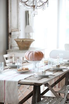 dreamy whites - gorgeous table for thanksgiving
