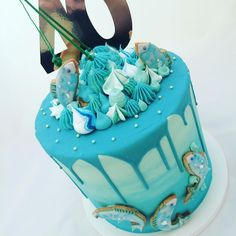 When I'm asked if I do novelty cakes despite not using fondant, my answer is always YES!! This is for a keen fisherman celebrating tonight!