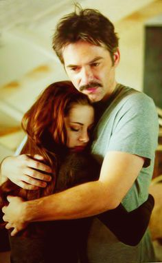 """Bella and her dad Charlie in """"Twilight Breaking Dawn part 2""""....."""